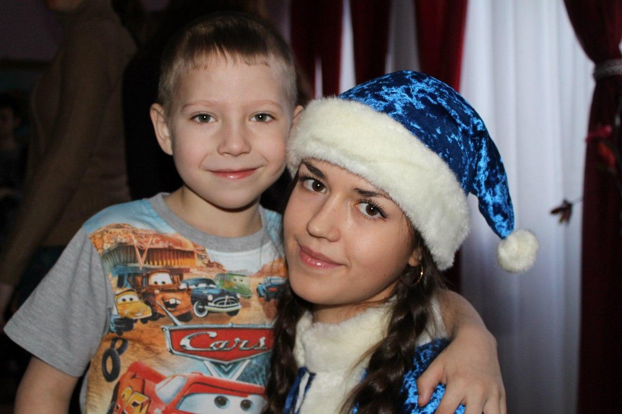 http://www.sibstrin.ru/uploads/gallery/pozdravlenie-rebyat-iz-baryshevskogo-detskogo-doma/150/JsJ2UkQiBtg.jpg